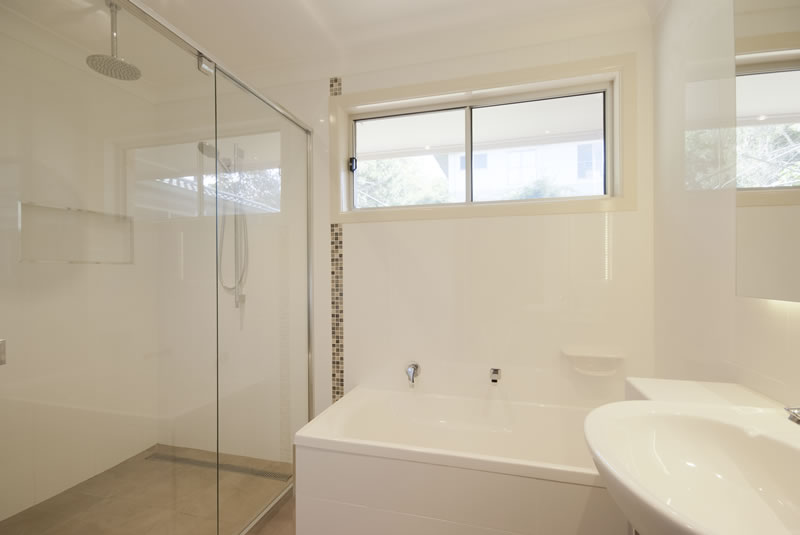 blades joinery + construction, toowoomba bathroom renovators, clever
